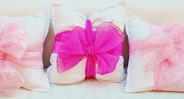 Decorating Your Cushion Covers