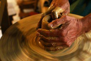 hands-1283146_960_720